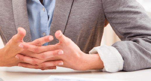 How to read interview body language for hiring | Workable